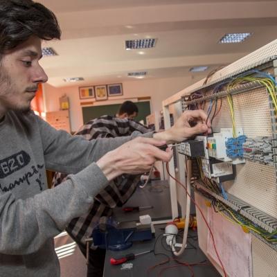 Atelier electric